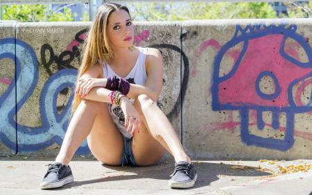 Картинки Camila, modelo, pose