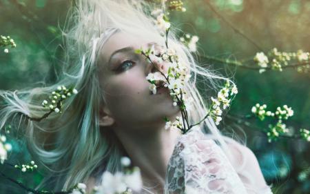 Фото девушка, весна, сад