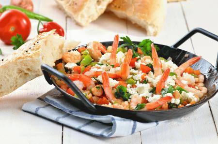 Фотографии блюдо с морепродуктами, сыр, креветки, овощи