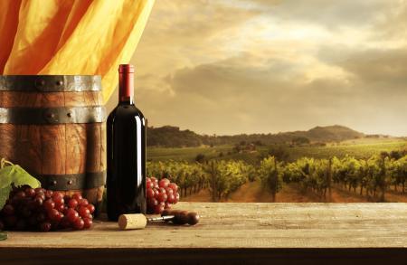 Заставки бочонок, виноград, бутылка, штопор