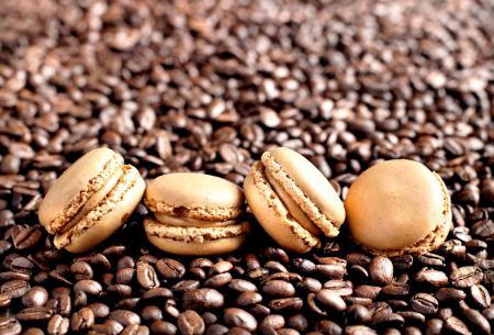 Фото печенье, макарун, кофе, зерна