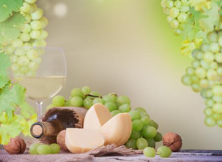Фото бокал, бутылка, вино, белое