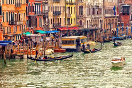 Фото Венеция, лодки, гандолы, туристы