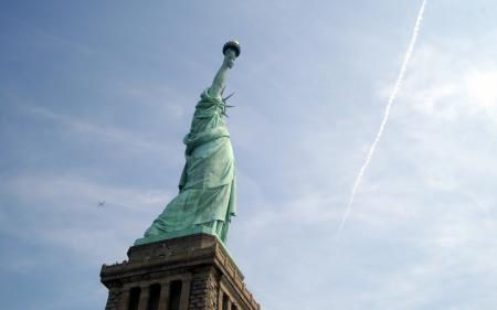 Картинки город, статуя, свобода