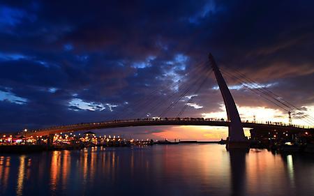 Обои мост, люди, река, корабли