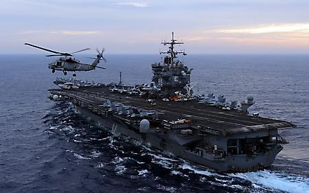 Заставки военный авианосец, USS Enterprise, вертолет взлетел, самолеты