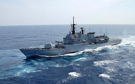 Обои фрегат Маэстрале Италия, боевой корабль, крейсер, пушки на борту