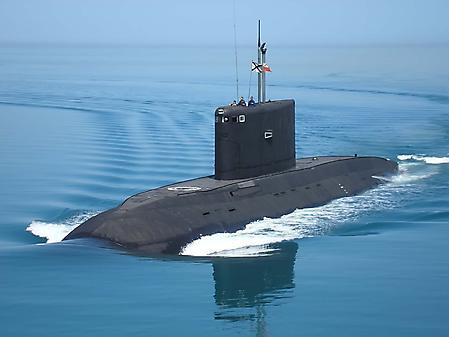 Заставки подводная лодка, военный корабль, матросы на палубе, 1920x1440 px