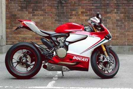 Обои Ducati, 1199S, Panigale Tricolore, white