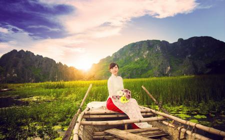 Картинки девушка, азиатка, лодка, цветы