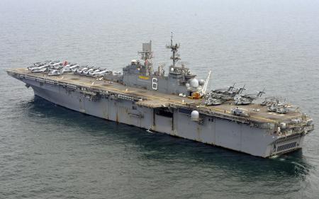 Картинки USS Bonhomme Richard, корабль, оружие, море