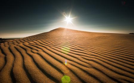 Обои дюны, небо, свет, пейзаж