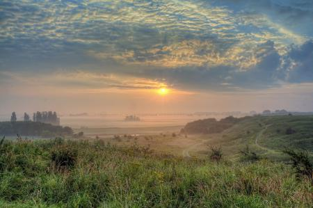 Фото утро, долина, небо, солнце