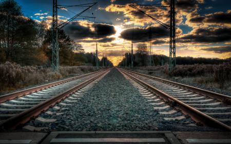 Обои железная дорога, закат, пейзаж