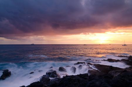 Фото море, небо, солнце, лодки