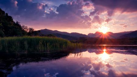 Картинки озеро, солнце, небо, облака