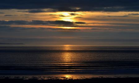 Обои море, гладь, солнце, небо
