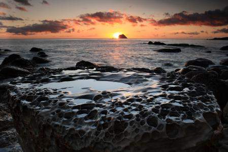 Картинки море, закат, камень