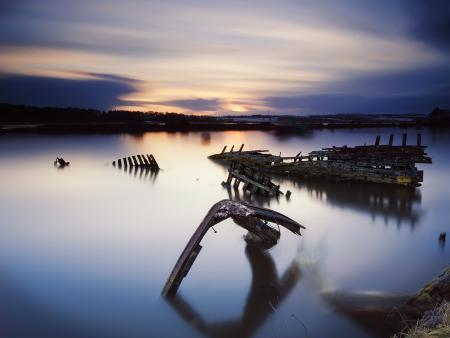 Заставки вода, озеро, скелеты