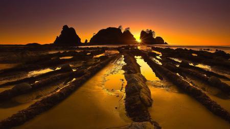 Заставки Море, скалы, камни, солнце