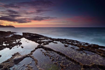Заставки море, камни, вода, вечер
