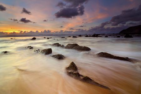 Обои море, пляж, камни, закат
