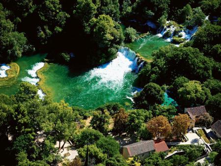 Фото река, Крк, водопады, дома