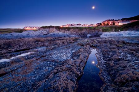 Фотографии вечер, дома, небо, луна