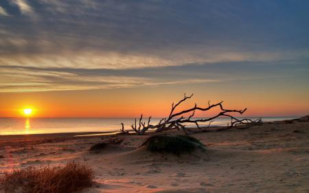 Обои море, закат, небо, природа