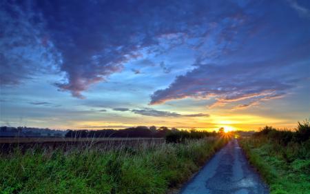 Фото дорога, поле, закат, пейзаж