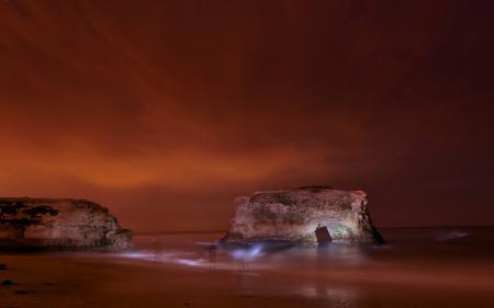 Фотографии ночь, море, скалы, призраки