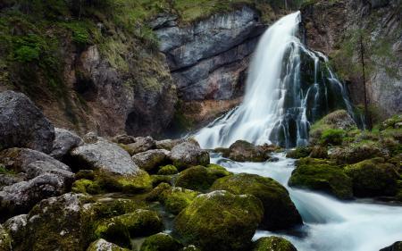 Обои водопад, камни, горы, мох