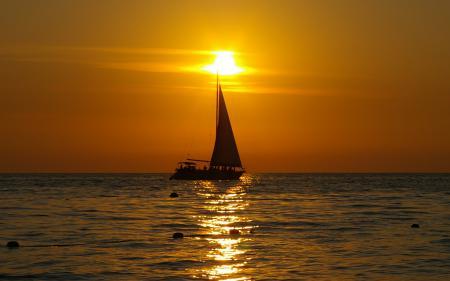 Картинки море, парус, яхта, рыбалка