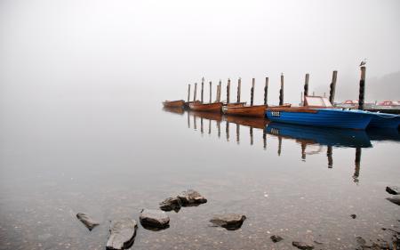 Фото озеро, туман, лодки