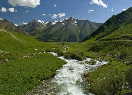 Заставки Китай, горы, река, трава