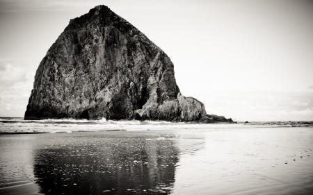 Обои rocks, sky, water, скалы
