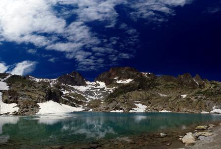 Обои горы, снег, вода, небо