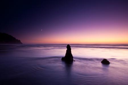 Обои небо, пляж, камни, ночь
