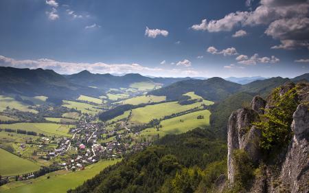 Обои пейзаж, горы, трава, камни
