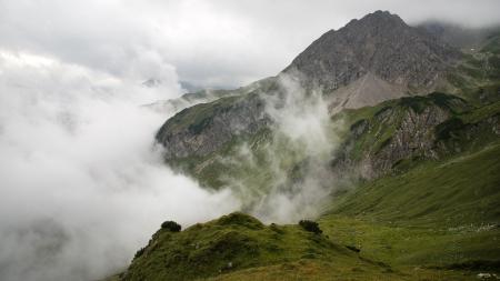 Фото альпы, горы, облака, трава