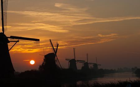 Фото закат, небо, мельницы, пейзаж