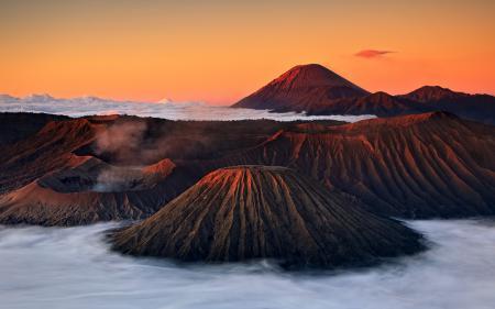 Фотографии вулканы, горы, дым, туман