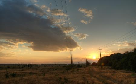 Обои Закат, поле, облака, столбы