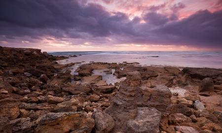 Фотографии камни, океан, берег, облака