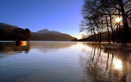 Картинки природа, озеро, горы, деревья