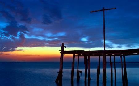 Обои ночь, море, небо, мост