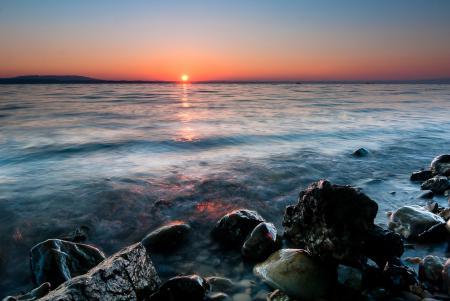 Картинки солнце, море, камни, закат