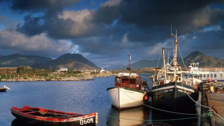 Фото лодки, пристань, залив