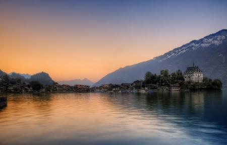 Картинки озеро, горы, небо, городок