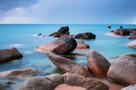 Обои небо, море, камни, пляж